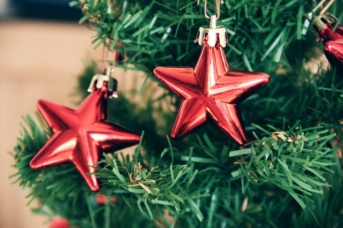 Image result for christmas tree red stars